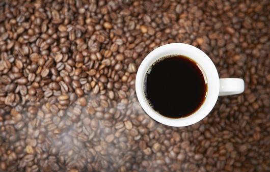 커피콩과 커피