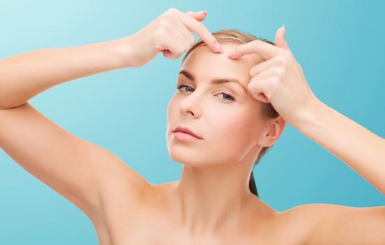 생리 전에 심해지는 성인여드름, 어떻게 치료할까?