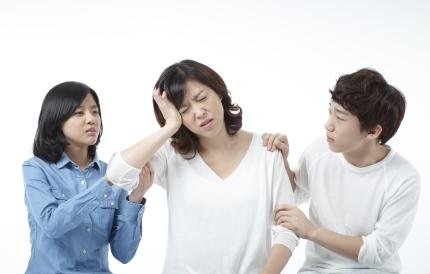 [1분 Q&A] 팔저림과 어지럼증, 안면마비 증상이 동시에?