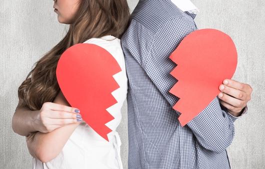 몸과 마음 다 다치는 '데이트 폭력', 그들의 공통된 특징은?