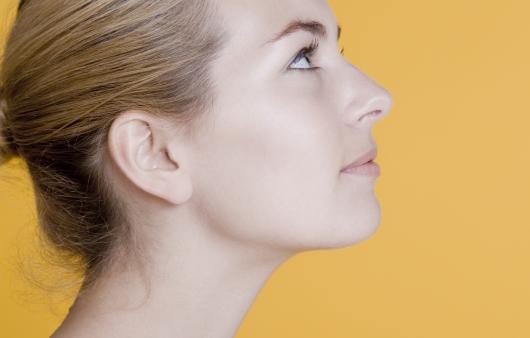 동안성형을 위한 주름제거, 목주름 없애는 방법은?