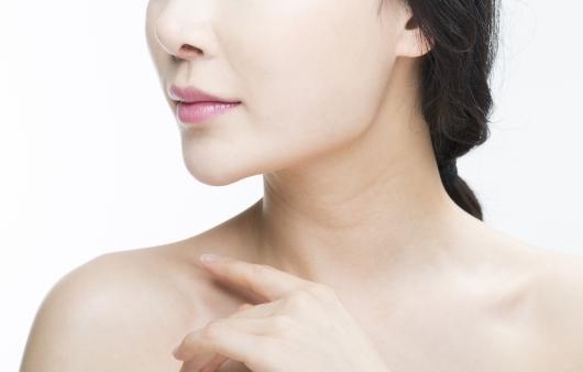 여드름과 모낭염의 치료 방법 차이는?