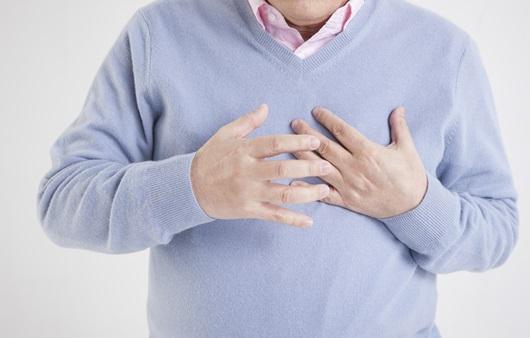 잦은 호흡곤란과 부종, 심부전증 증상과 예방법 10