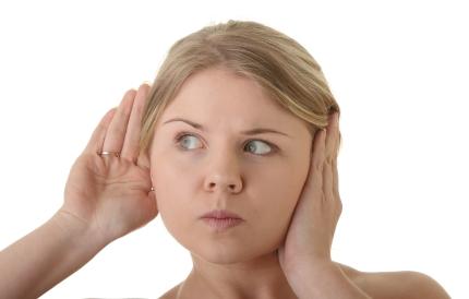 [1분 Q&A] 오른쪽 귀에서 원인 모를 소리, 이명일까요?