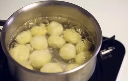 감자 삶기