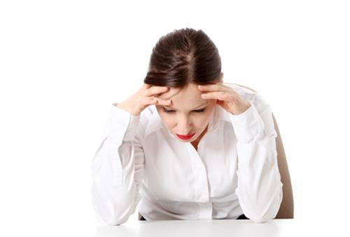 스트레스를 받는 여성