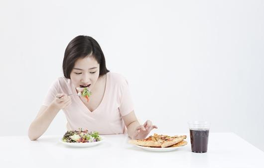 다이어트 효과 높이는 천연 식욕억제제 5가지