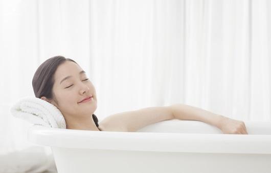 욕조 목욕(반신욕)