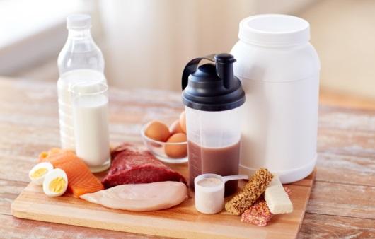 우유와 다이어트 셰이크