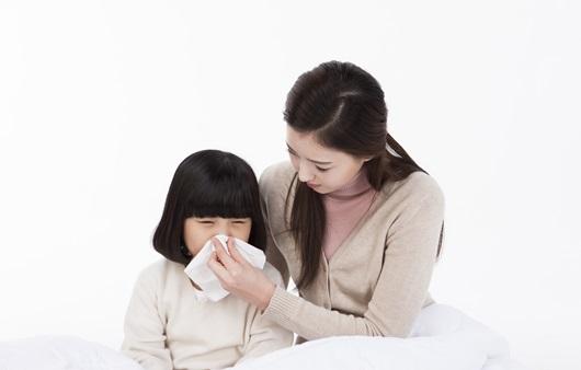 자주 걸리는 감기, 오래 가는 감기는 '만성 비염' 신호일수도