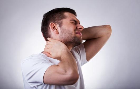 다양한 목 통증의 증상과 원인은?