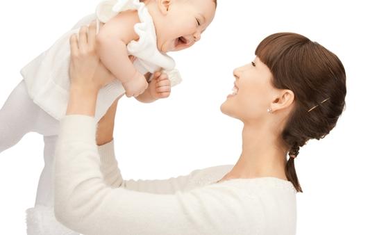 엄마가 자신의 아이와 남의 아이를 볼 때의 차이점은?