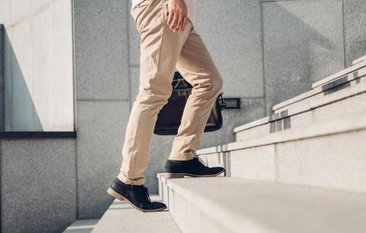 [1분 Q&A] 걸을 때 발바닥 통증 있으면 족저근막염?