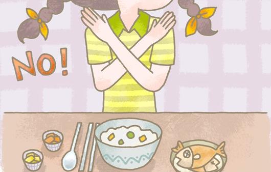 거식증으로 음식을 거부하는 모습