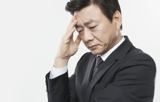 성기능 감소? 남성갱년기의 증상과 원인
