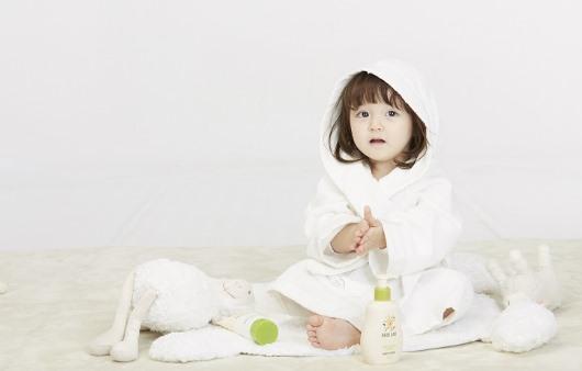 모유와 비슷한 '산양유', 아기 피부 장벽 강화에 효과