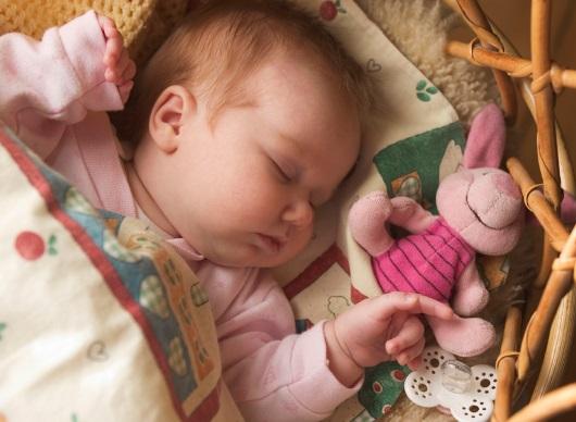 잠자는 아기