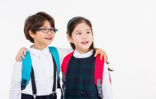 남녀 초등학생
