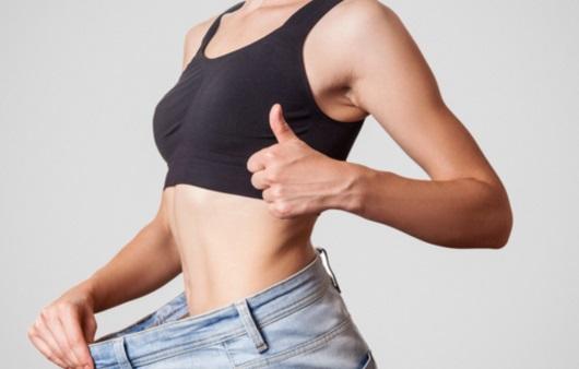 다이어트에 성공한 여성
