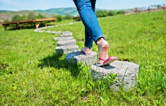 산책하는 여성