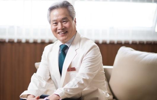 흉부외과 명의, 오태윤 교수가 말하는 폐암과 흉강경 수술