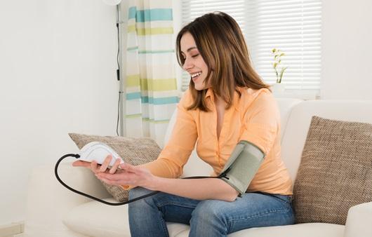 혈압조절에 도움 되는 지압과 스트레칭