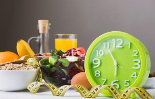 간헐적 단식, 혈당과 체중 조절에 효과적