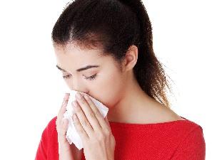 알레르기성 비염, 환절기뿐 아니라 겨울에도 '골치'