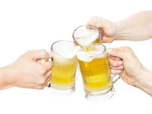 연말 술술 넘어가는 술(酒), 관절은 골골